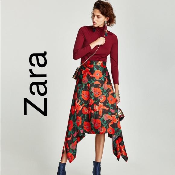 5280499eae Zara Skirts | Printed Flowing Midi Skirt Sz Xs | Poshmark